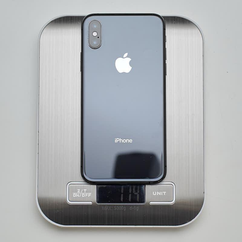 IphoneXS 174g
